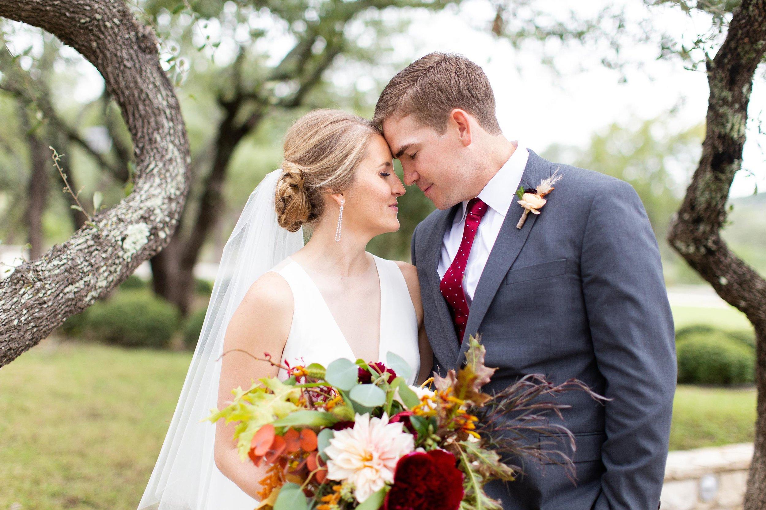 Holly and Blaine Wedding Previews-21 (Copy).jpg