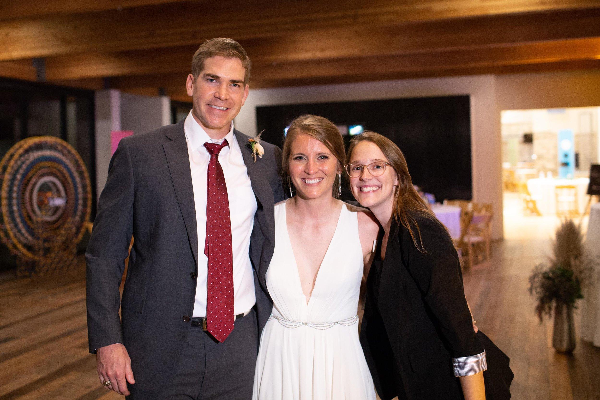 Holly and Blaine Wedding Previews-36 (Copy).jpg