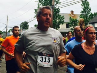 Expert runner, Lou Lowe, is an annual participant (Go Lou!)
