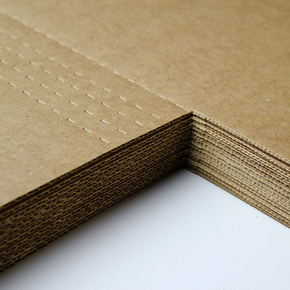 CLIENT: Wholesale Company PROJECT: Custom Packaging MATERIAL: C-flute Corrugated Cardboard