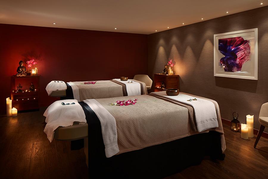 radisson-blu-hotel-1-900x600.jpg