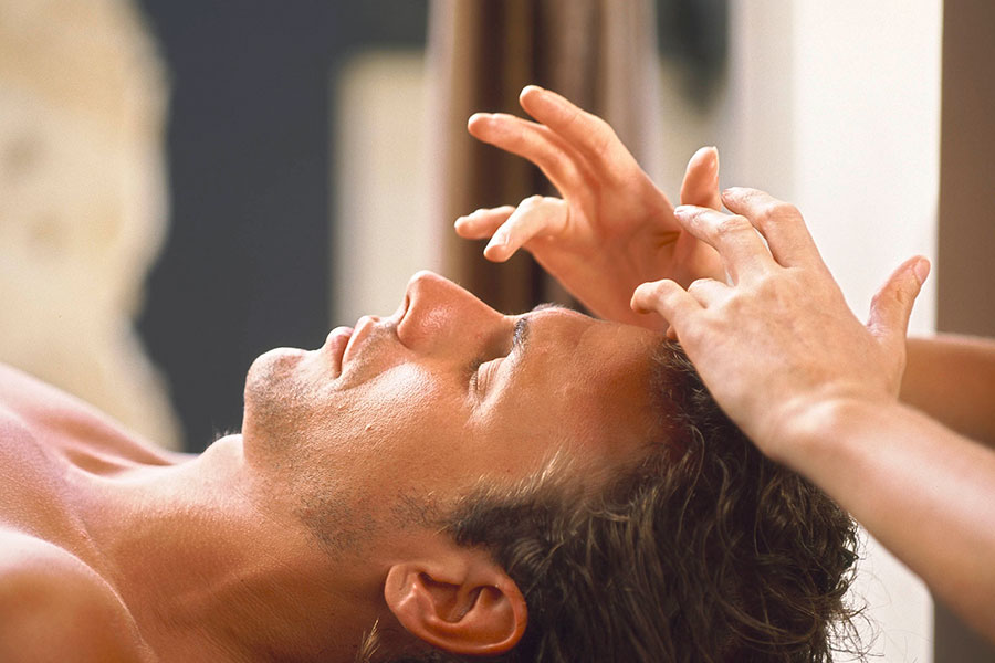 Male-Face-Massage-3.jpg