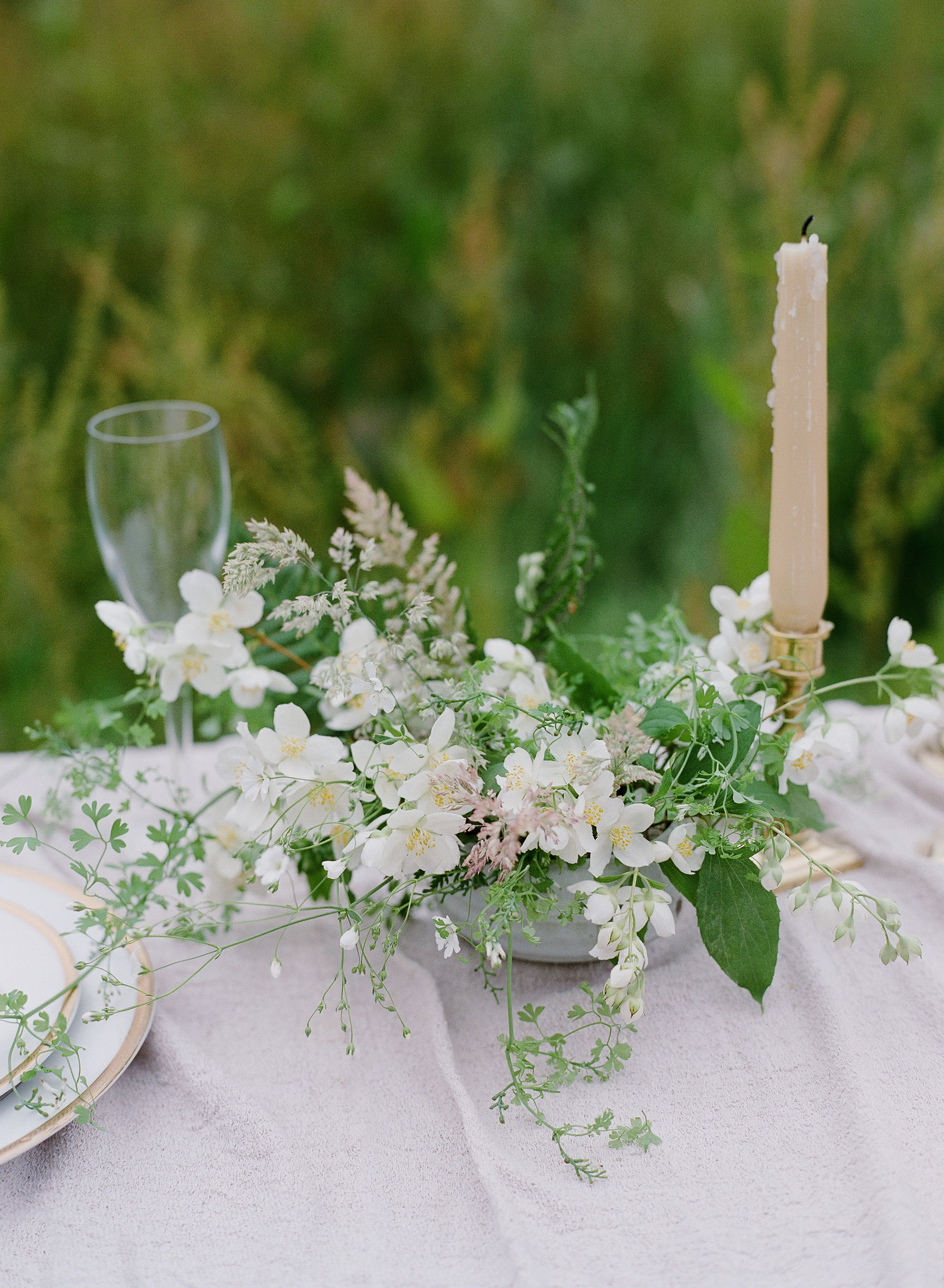 Wedding table flowers in Cornwall