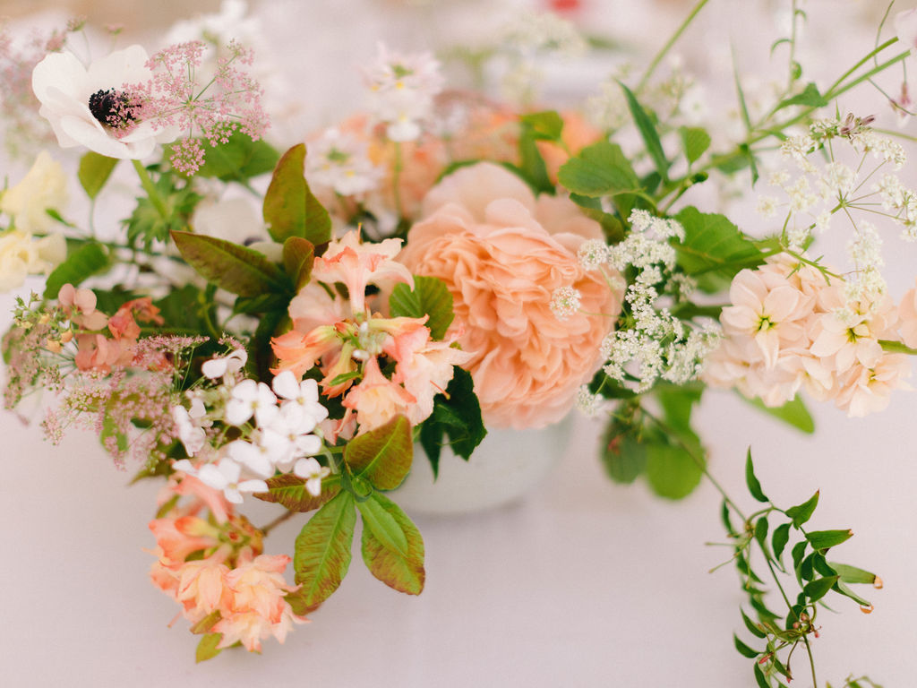Table flowers captured by Imogen Xiana