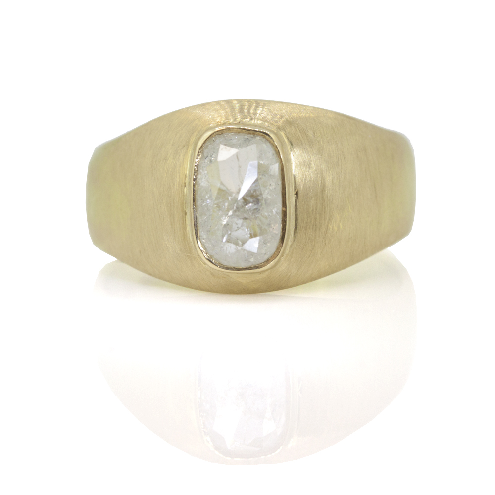 white oval diamond bombe ring front view sorrel bay.jpg