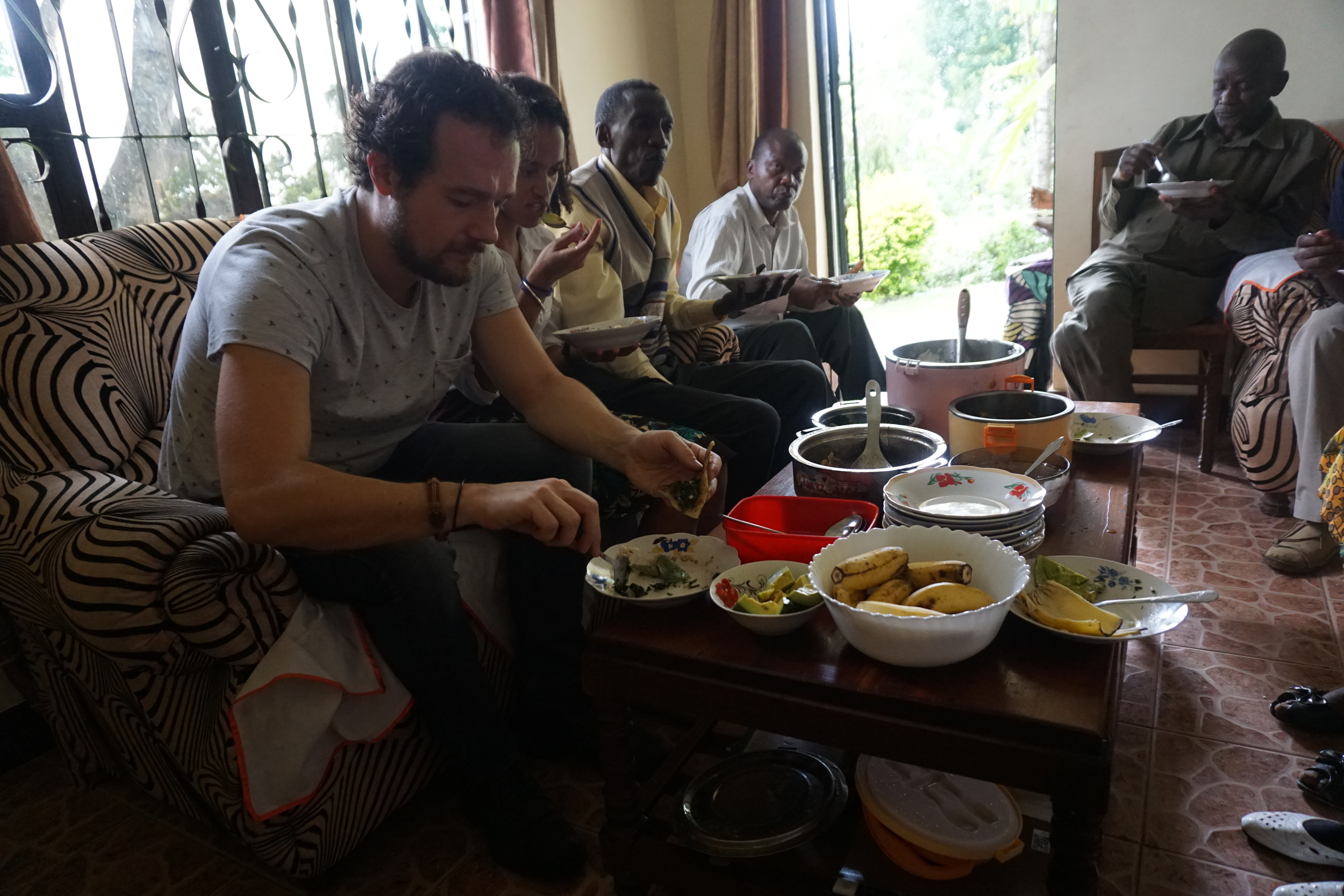 Lunch with the group members after a long walk through the coffee fields.