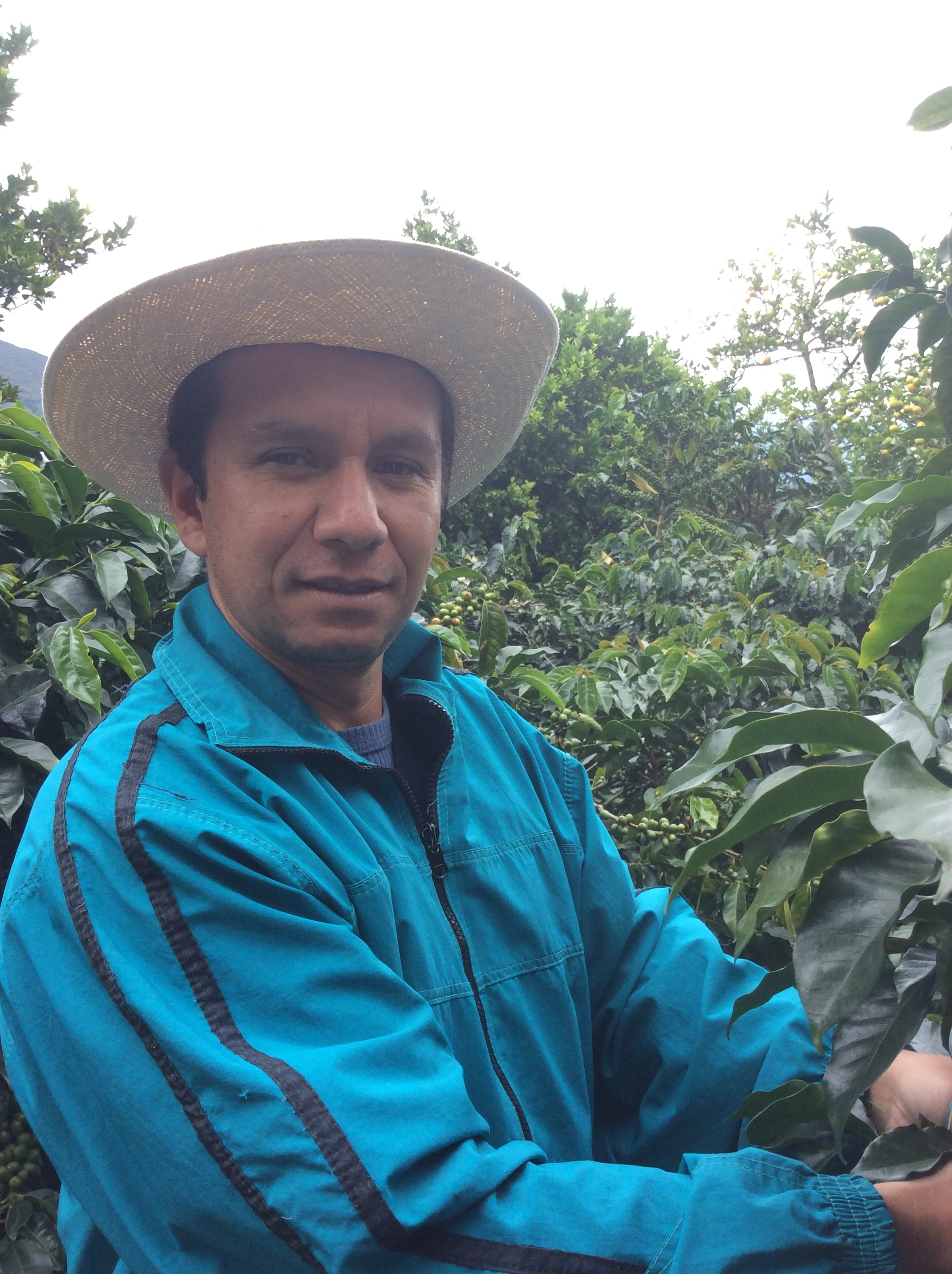 Smallholder, Leo´s son in law, very enthusiastic and with great coffee, a young producer with an open mind.