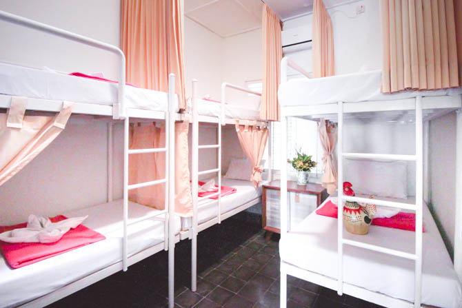 DORM ROOM - Max. 6 person occupancyShared coed toiletsShared coed showers (hot water avail.)Locker with electric outlet
