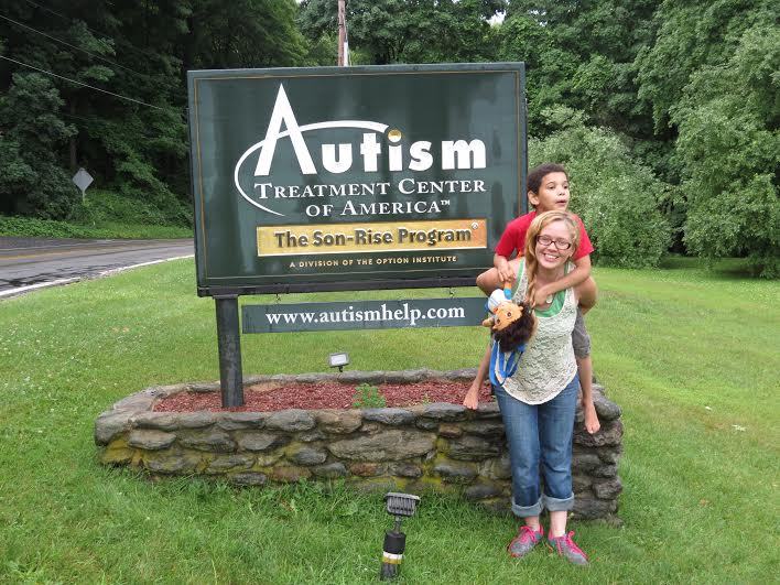 That's my Mommy. Ja'Quan and Tammy at The Autism Treatment Center of America.