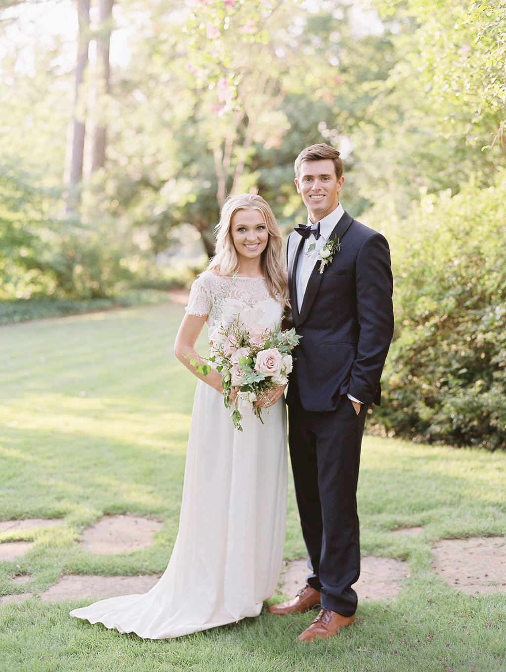 athens-founders-memorial-garden-wedding-photography-hannah-forsberg-atlanta-wedding-photographer-28.jpg