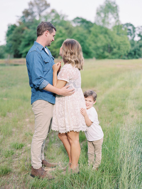North-Georgia-Family-Session-atlanta-wedding-photographer-hannah-forsberg-15.jpg