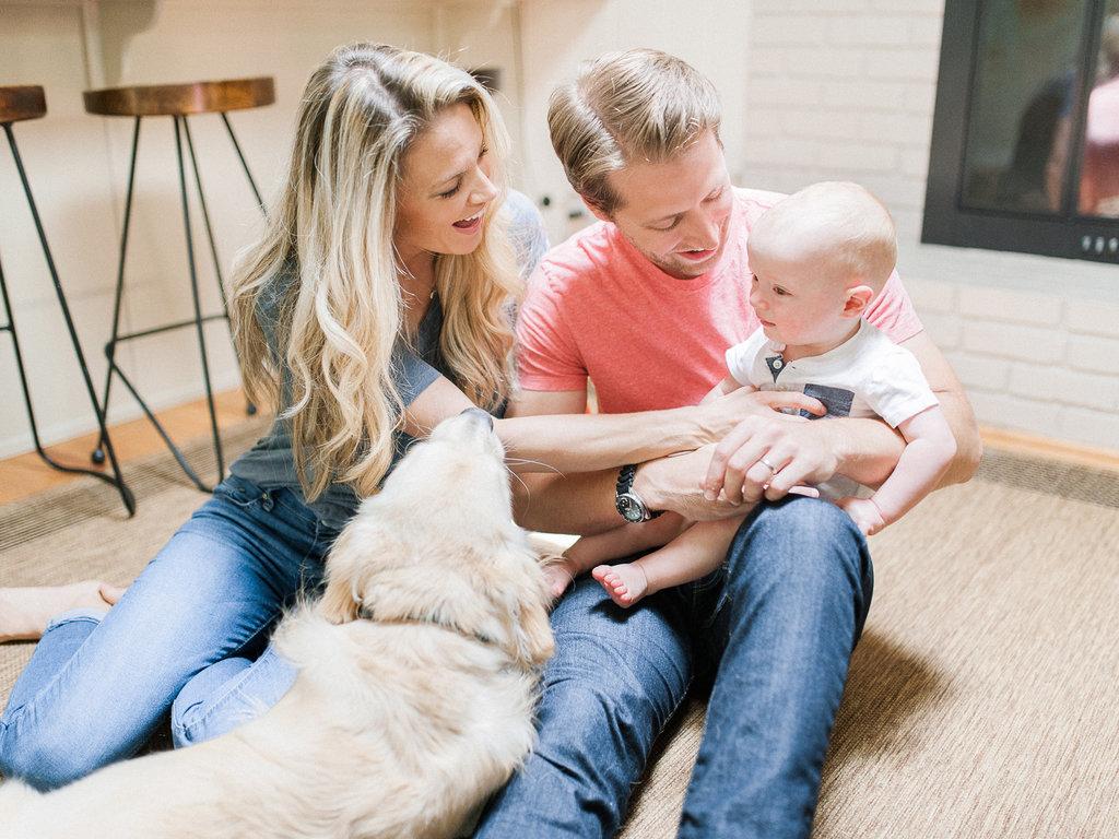 In-Home-Atlanta-Family-Session-atlanta-wedding-photographer-hannah-forsberg-7.jpg