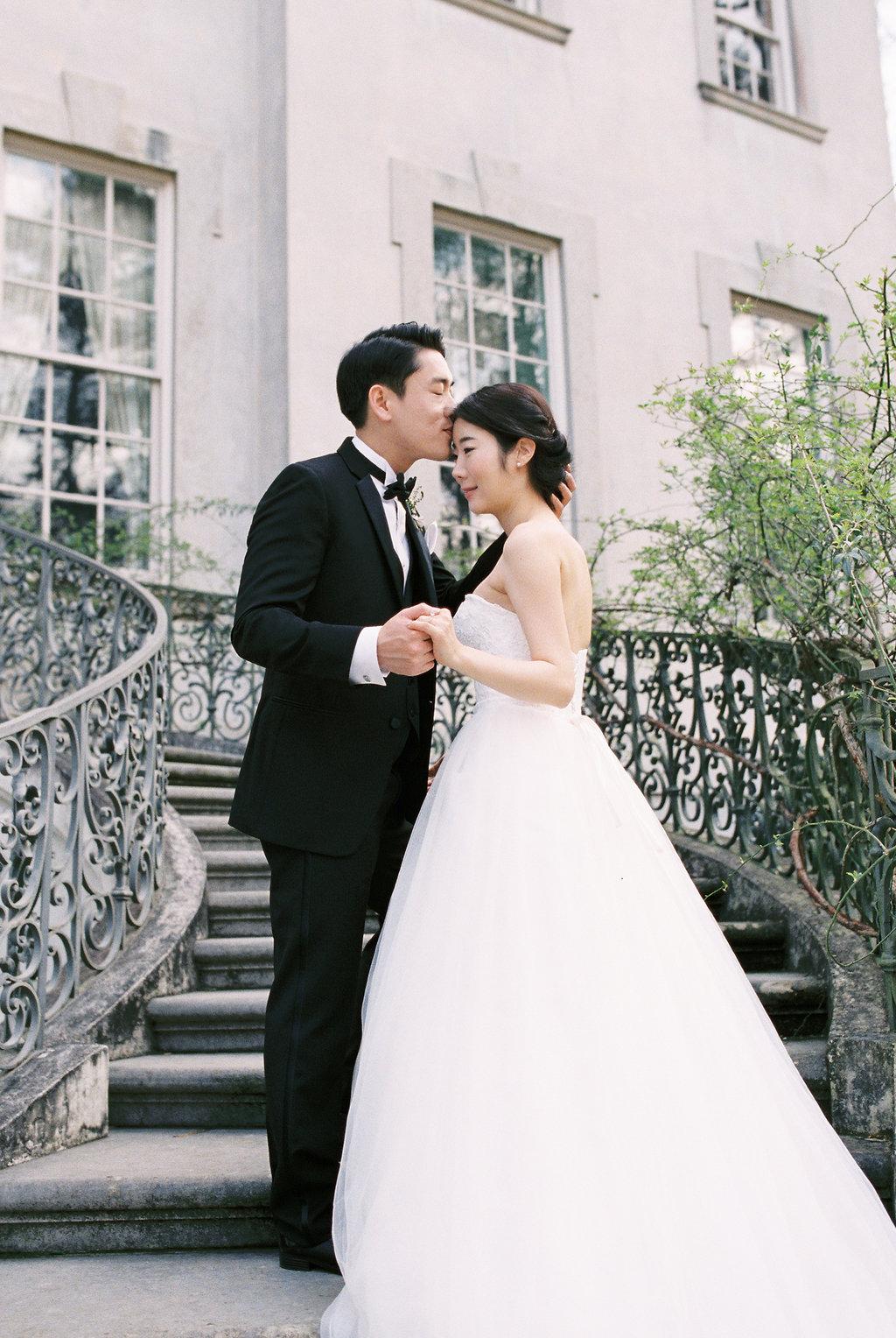 swan-house-atlanta-wedding-photographer-hannah-forsberg-18.jpg