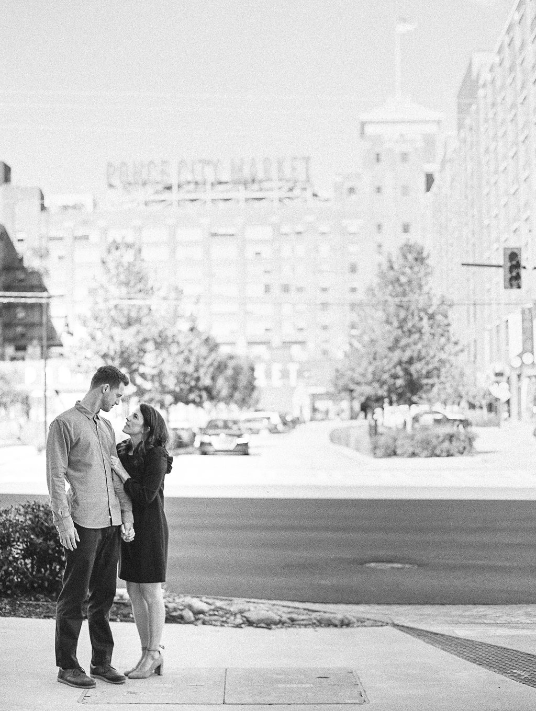 Ponce-City-Market-Engagement-atlanta-wedding-photographer-hannah-forsberg-31.jpg