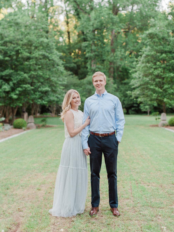 Cator-Woolford-Gardens-Engagement-atlanta-wedding-photographer-hannah-forsberg-7.jpg
