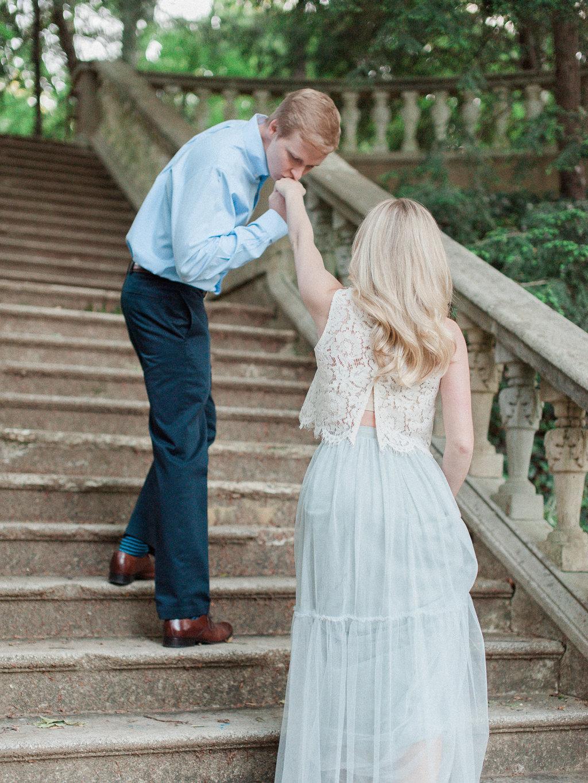 Cator-Woolford-Gardens-Engagement-atlanta-wedding-photographer-hannah-forsberg-13.jpg