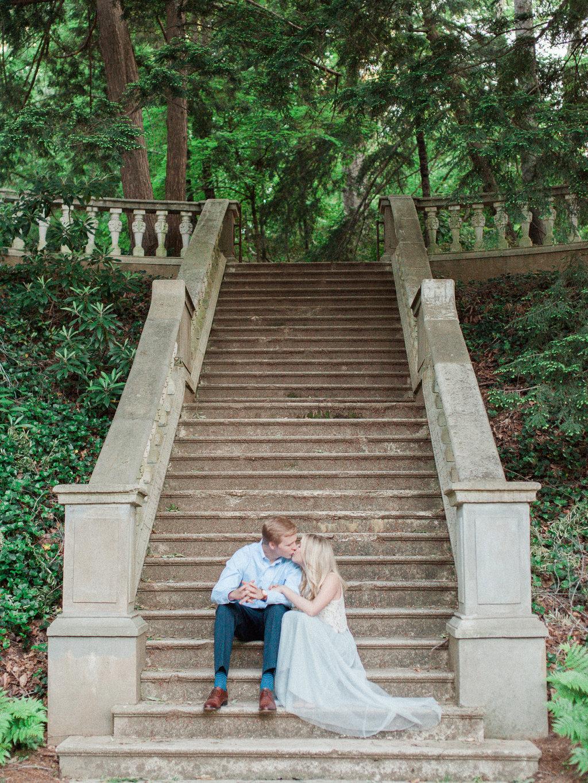 Cator-Woolford-Gardens-Engagement-atlanta-wedding-photographer-hannah-forsberg-14.jpg