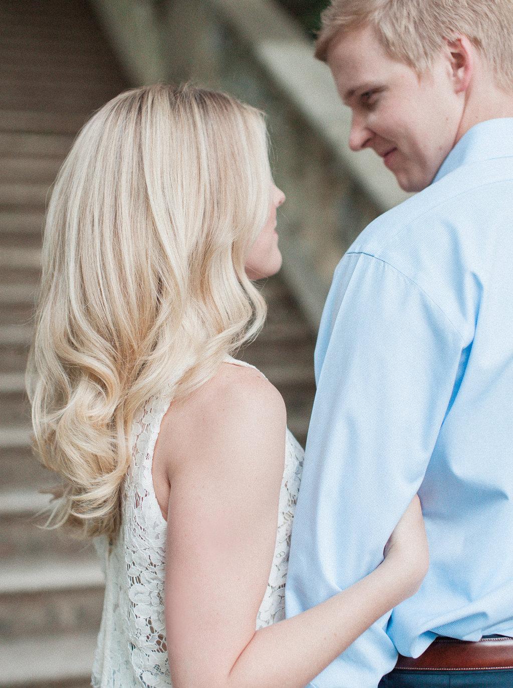Cator-Woolford-Gardens-Engagement-atlanta-wedding-photographer-hannah-forsberg-17.jpg