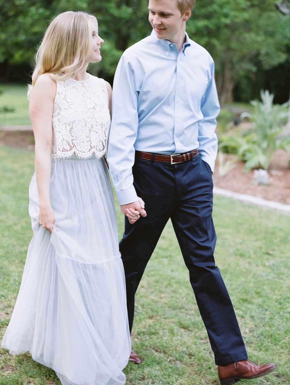 Cator-Woolford-Gardens-Engagement-atlanta-wedding-photographer-hannah-forsberg-20.jpg