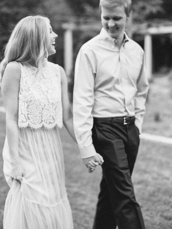 Cator-Woolford-Gardens-Engagement-atlanta-wedding-photographer-hannah-forsberg-25.jpg