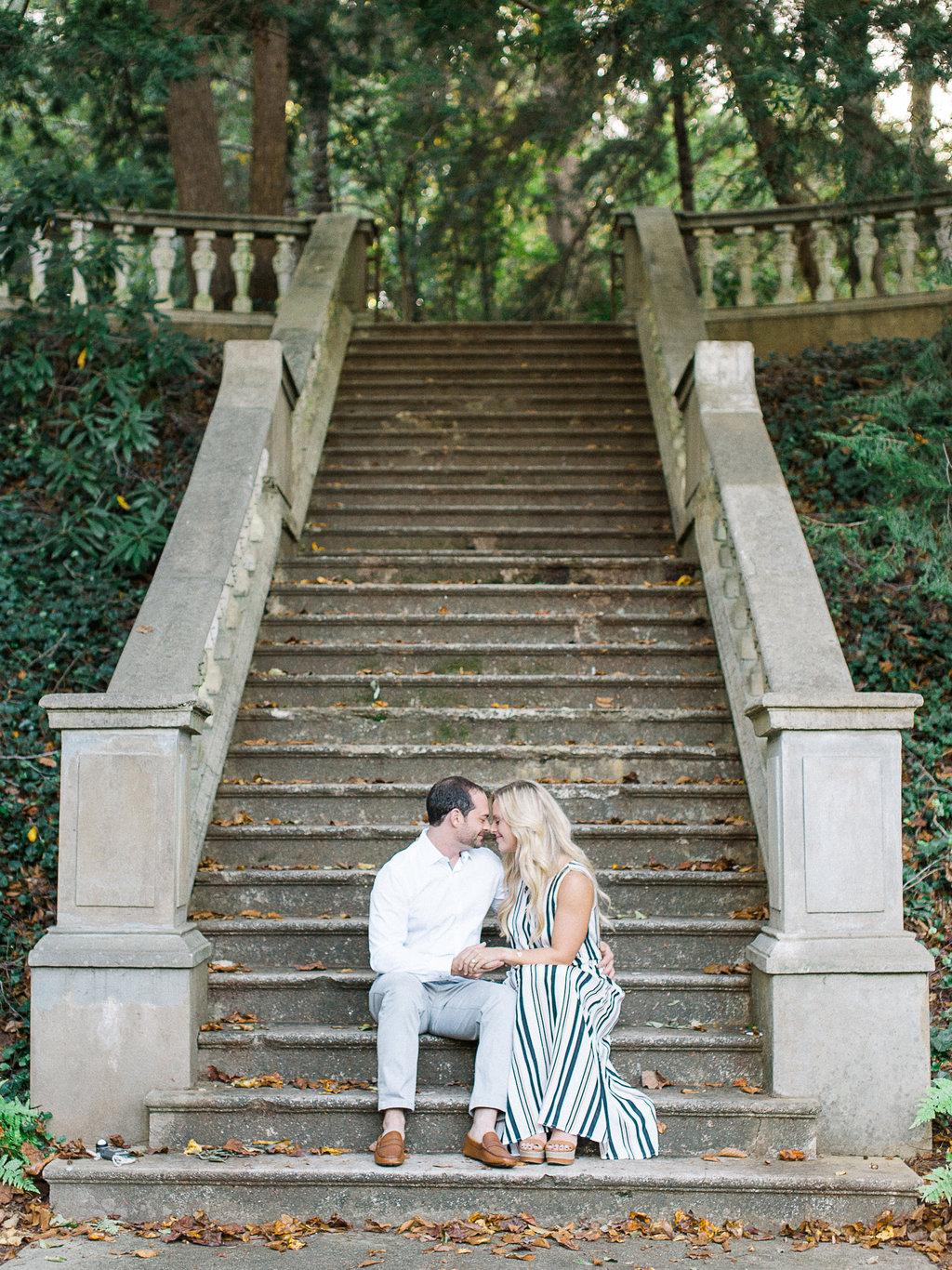 Cator-Woolford-Gardens-Engagement-atlanta-wedding-photographer-hannah-forsberg-2.jpg