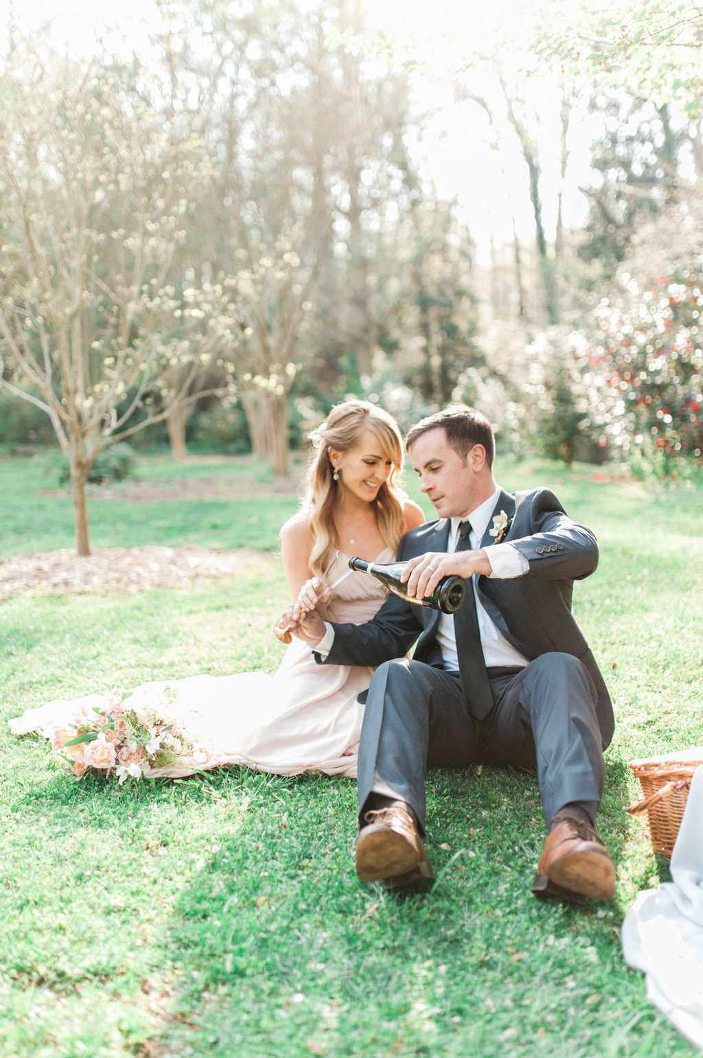 Cator-Woolford-Gardens-Engagement-atlanta-wedding-photographer-hannah-forsberg-5.jpg
