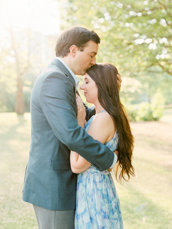Piedmont-Park-Engagement-atlanta-wedding-photographer-hannah-forsberg-18.jpg