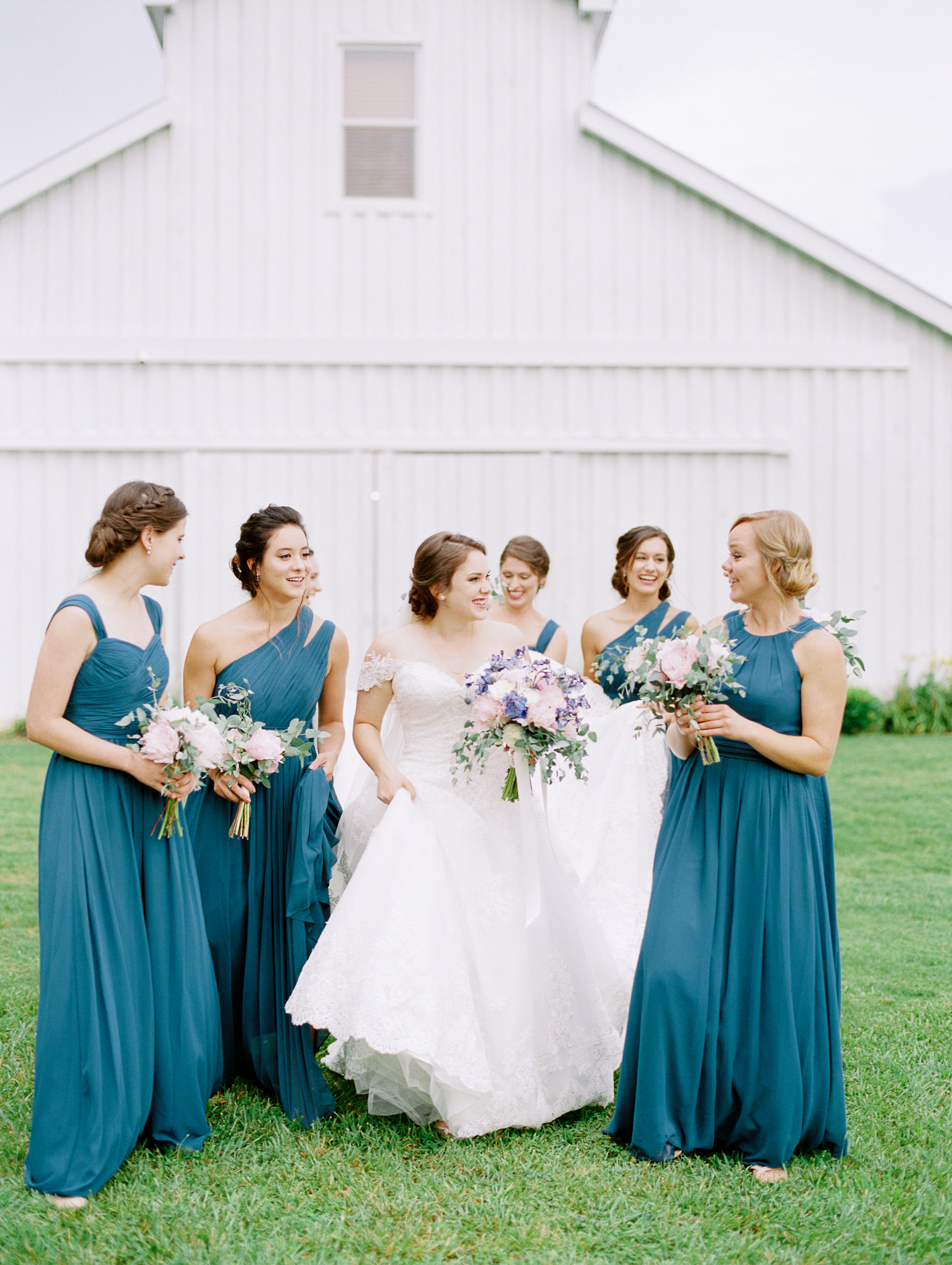 barn-at-tatum-acres-wedding-jasper-atlanta-wedding-photographer-fine-art-film-hannah-forsberg16.JPG