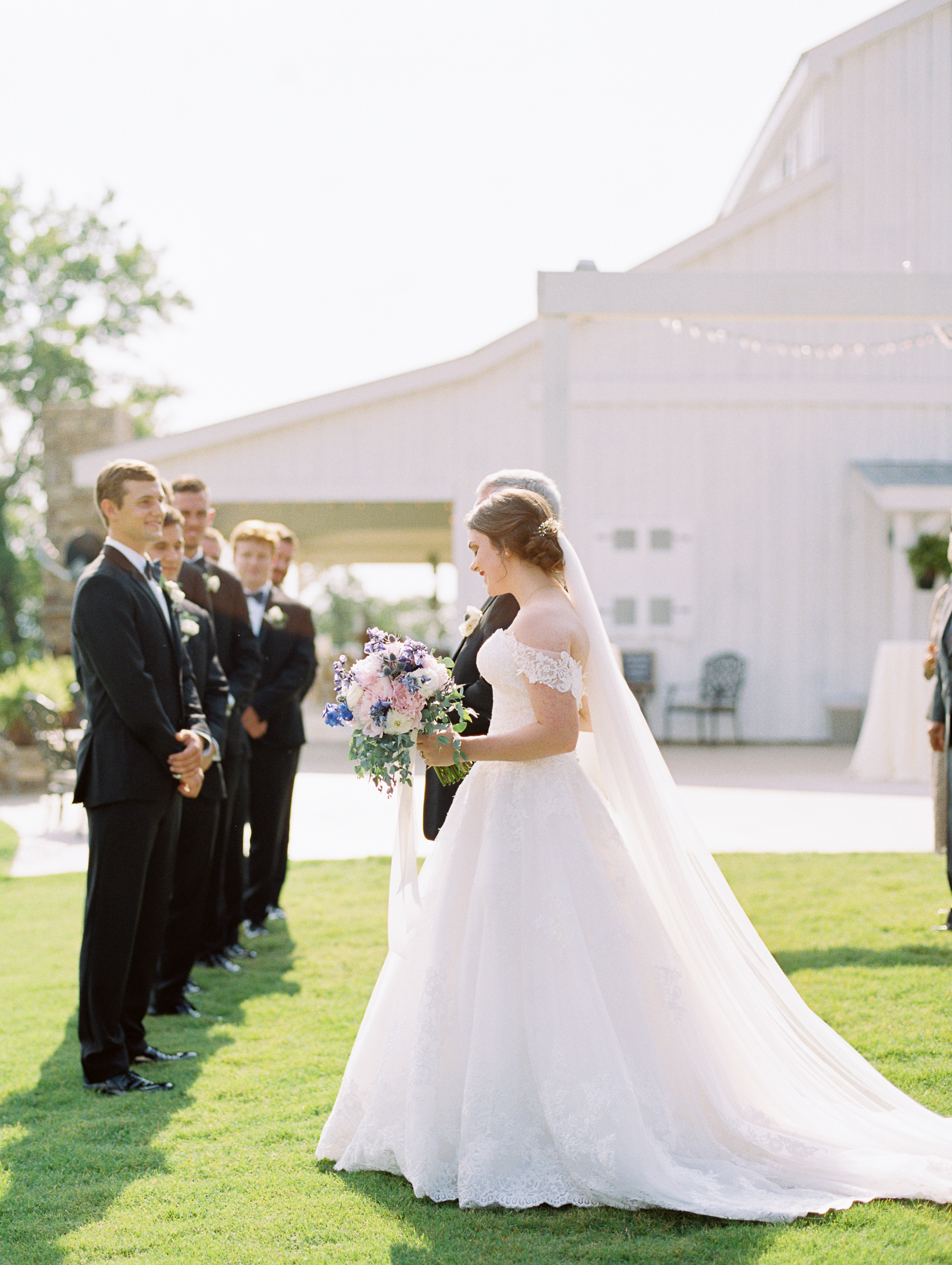 barn-at-tatum-acres-wedding-jasper-atlanta-wedding-photographer-fine-art-film-hannah-forsberg31.JPG
