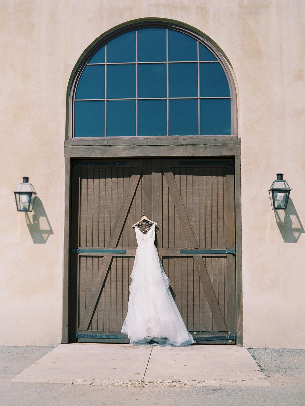 montaluce-winery-dahlonega-atlanta-wedding-photographer-fine-art-film-hannah-forsberg1.JPG