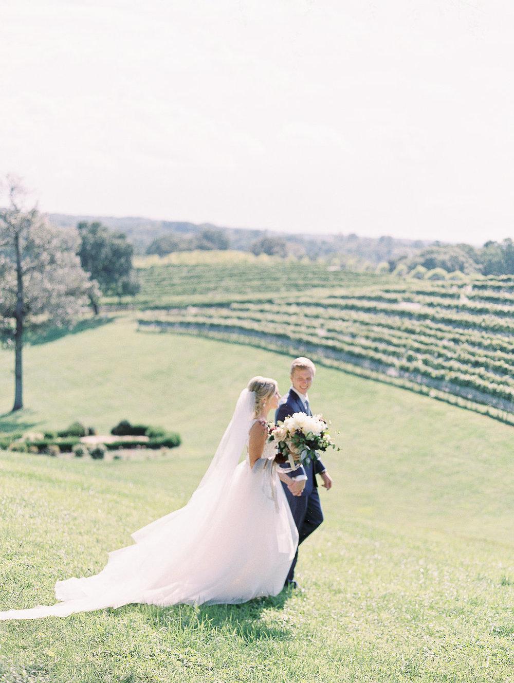 montaluce-winery-dahlonega-atlanta-wedding-photographer-fine-art-film-hannah-forsberg23.JPG