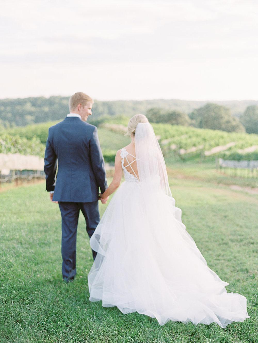 montaluce-winery-dahlonega-atlanta-wedding-photographer-fine-art-film-hannah-forsberg46.JPG