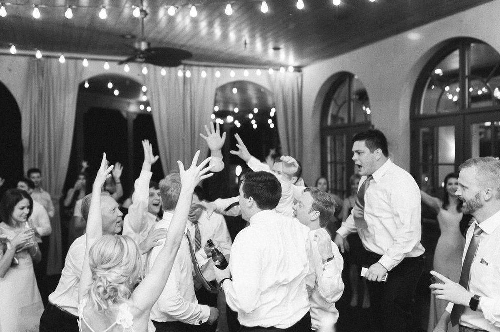 montaluce-winery-dahlonega-atlanta-wedding-photographer-fine-art-film-hannah-forsberg81.JPG