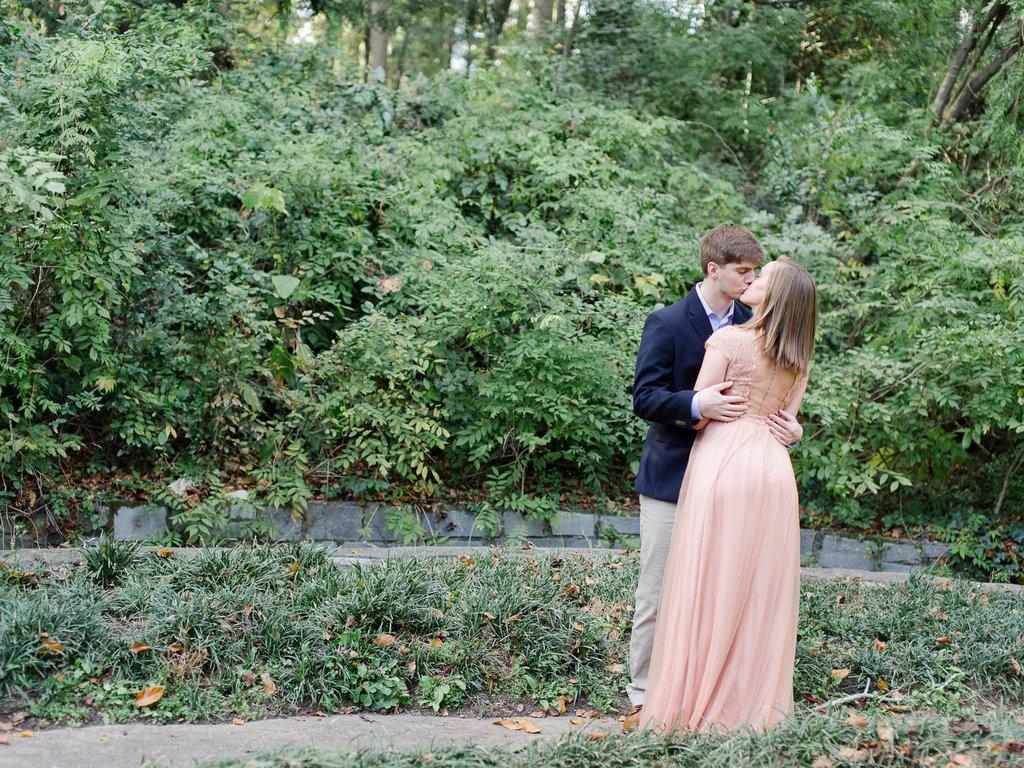 Cator-woolford-gardens-wedding-photography-hannah-forsberg-atlanta-10.jpg