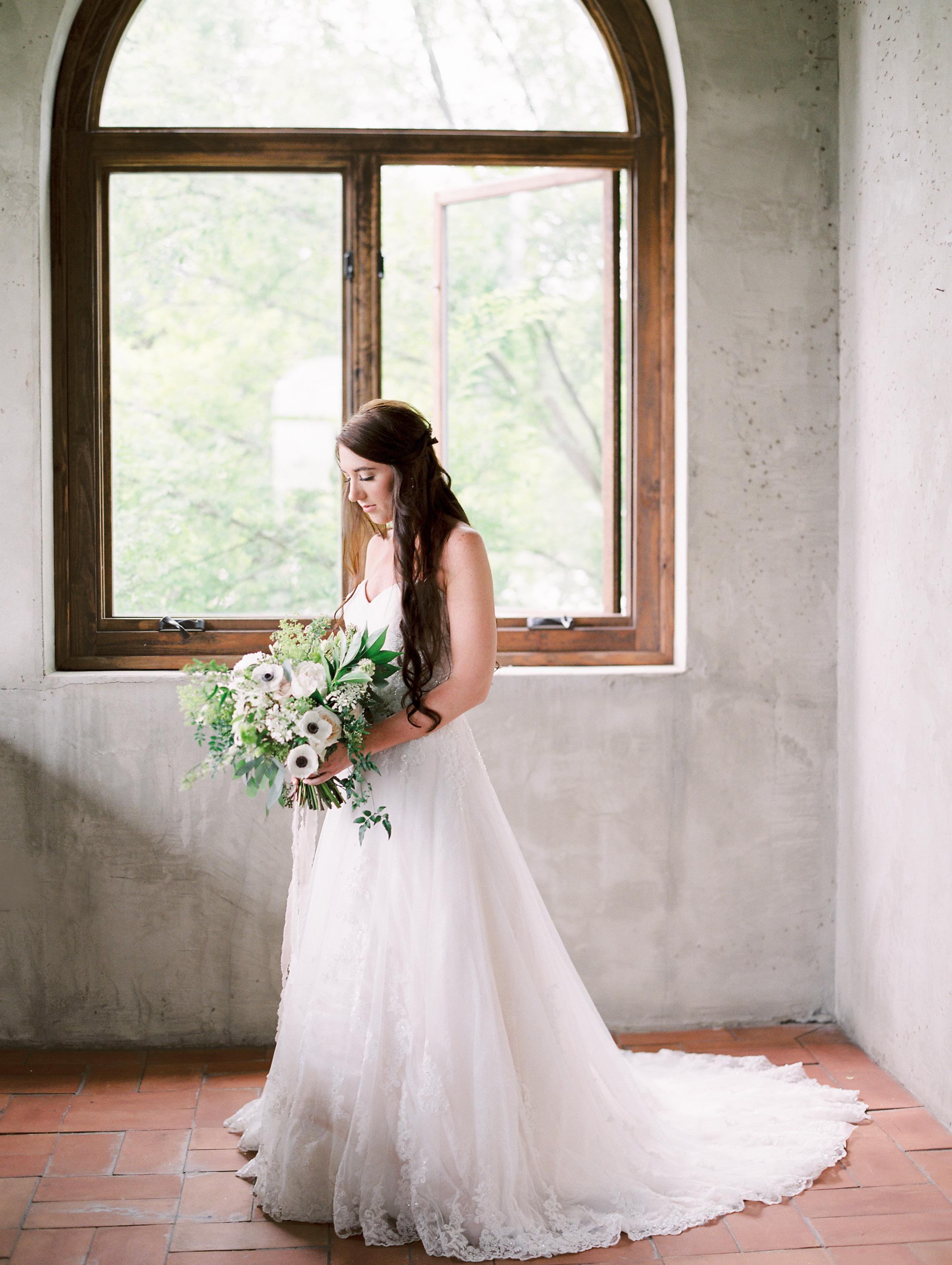 Romantic-Summerour-studio-wedding-hannah-forsberg-atlanta-wedding-photographer25.JPG