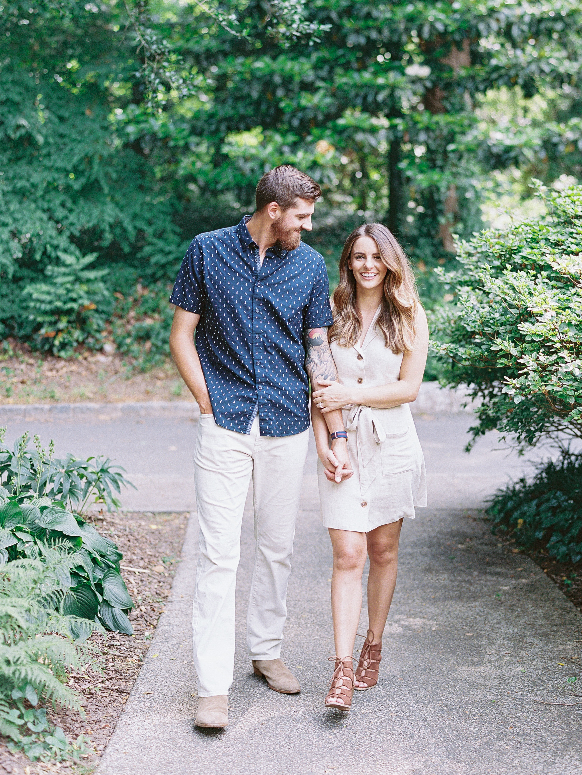 Cator-woolford-gardens-family-photos-atlanta-film-wedding-photographer-15.jpg