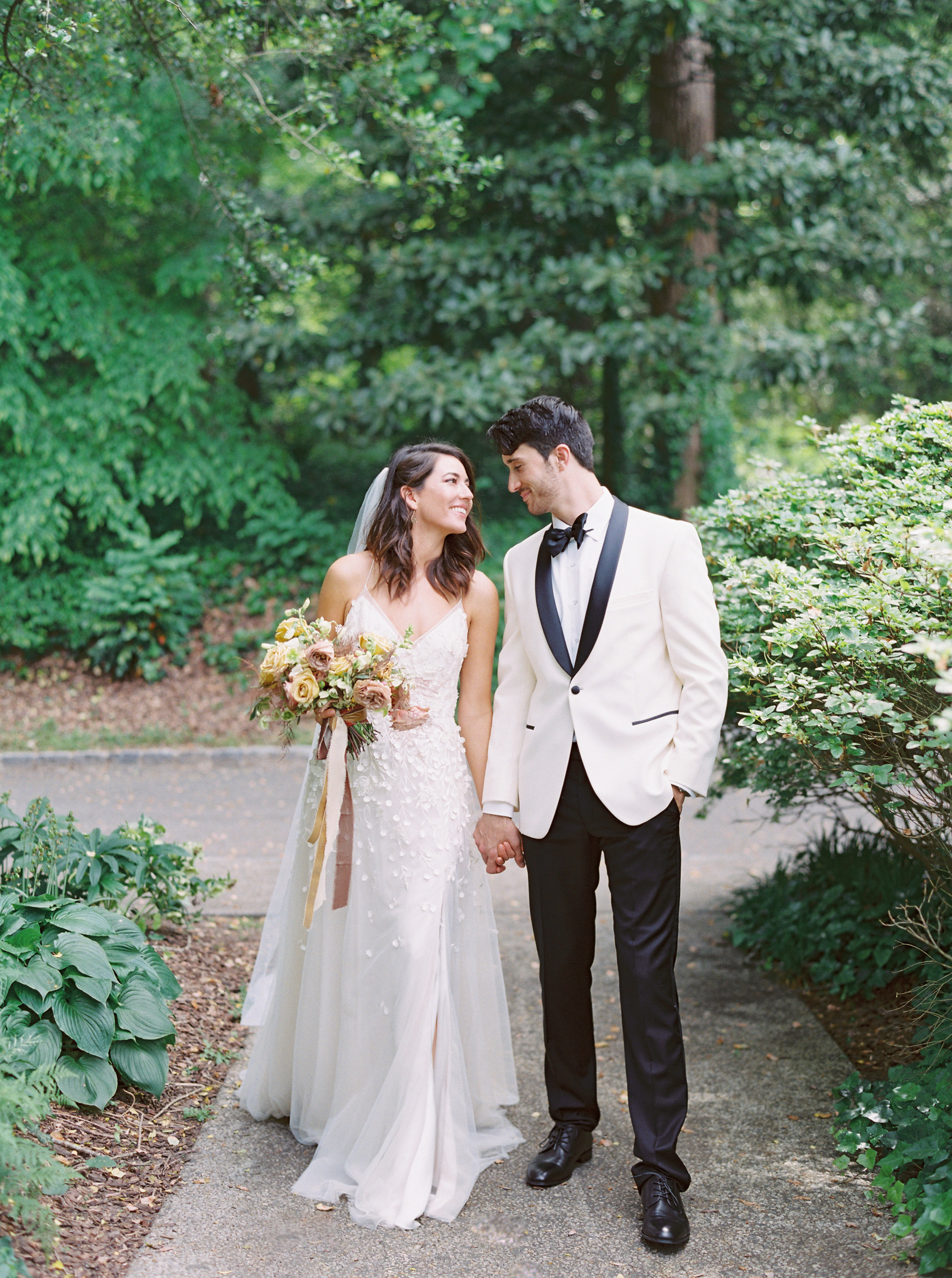 Cator-woolford-gardens-wedding-photos-atlanta-film-wedding-photographer--4.jpg