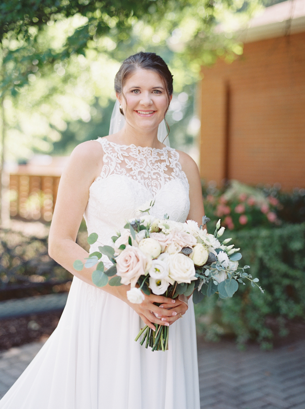 atlanta-film-wedding-photographer-roswell-ivy-hall-hannah-forsberg-30.jpg