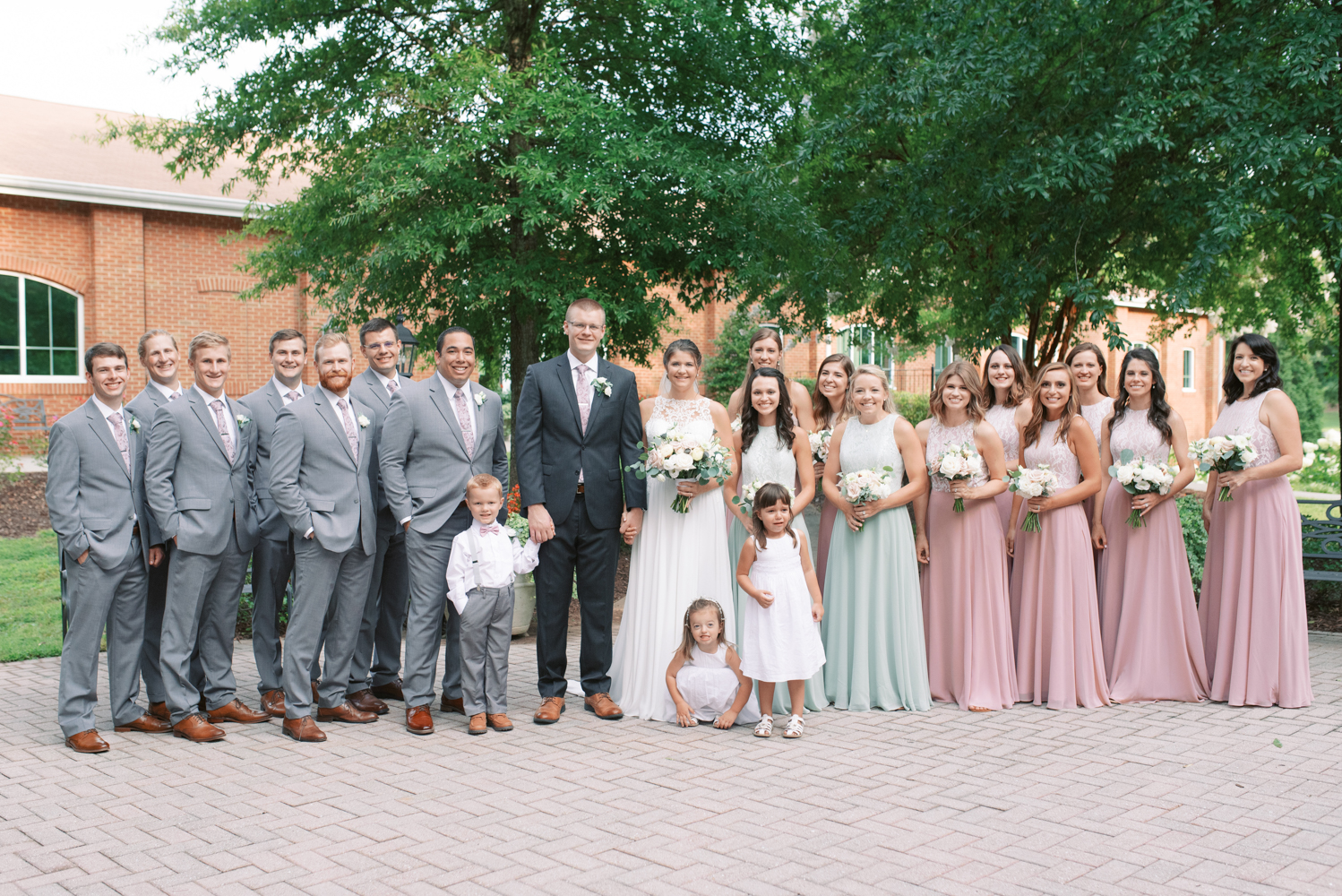 atlanta-film-wedding-photographer-roswell-ivy-hall-hannah-forsberg-48.jpg