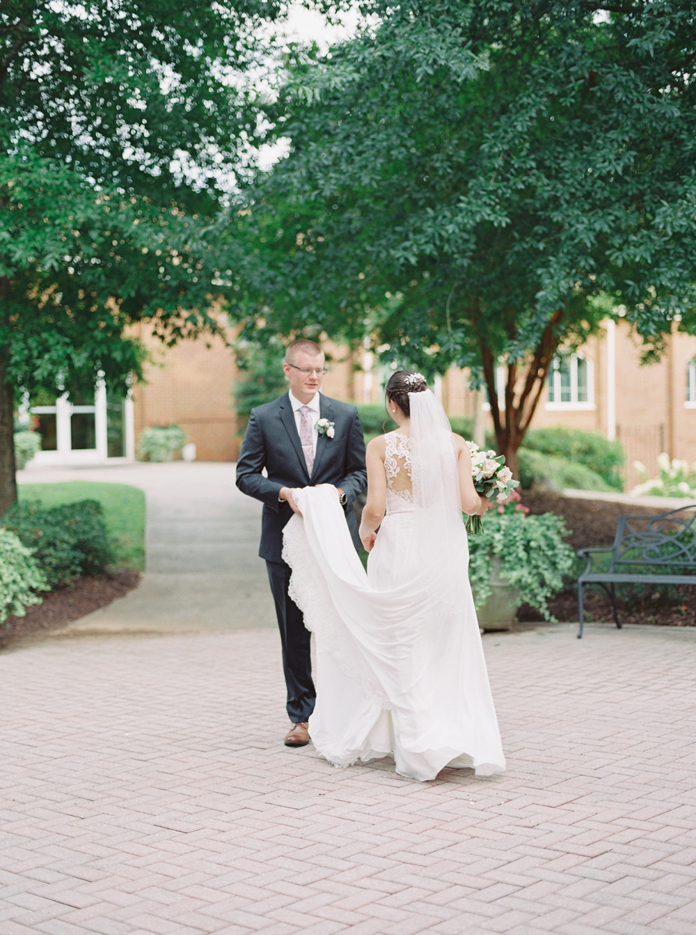 atlanta-film-wedding-photographer-roswell-ivy-hall-hannah-forsberg-65.jpg