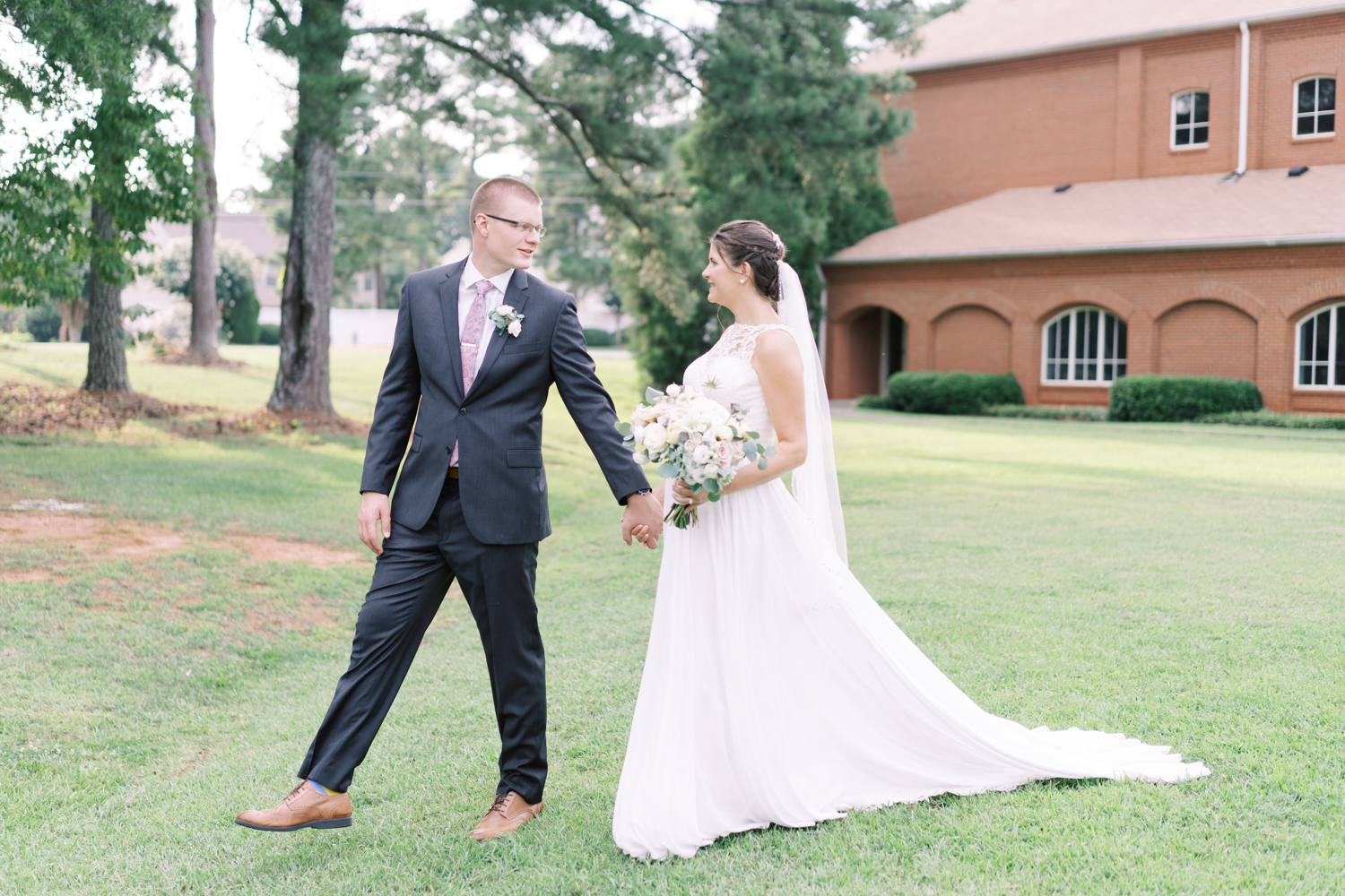 atlanta-film-wedding-photographer-roswell-ivy-hall-hannah-forsberg-68.jpg
