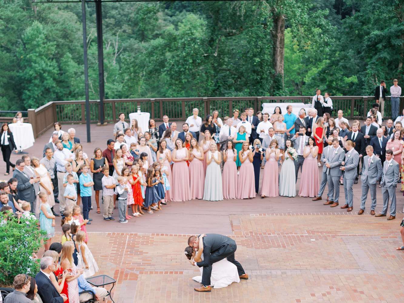 atlanta-film-wedding-photographer-roswell-ivy-hall-hannah-forsberg-81.jpg