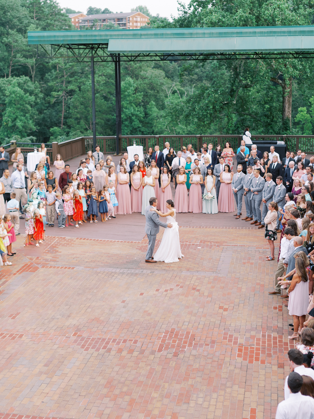 atlanta-film-wedding-photographer-roswell-ivy-hall-hannah-forsberg-83.jpg
