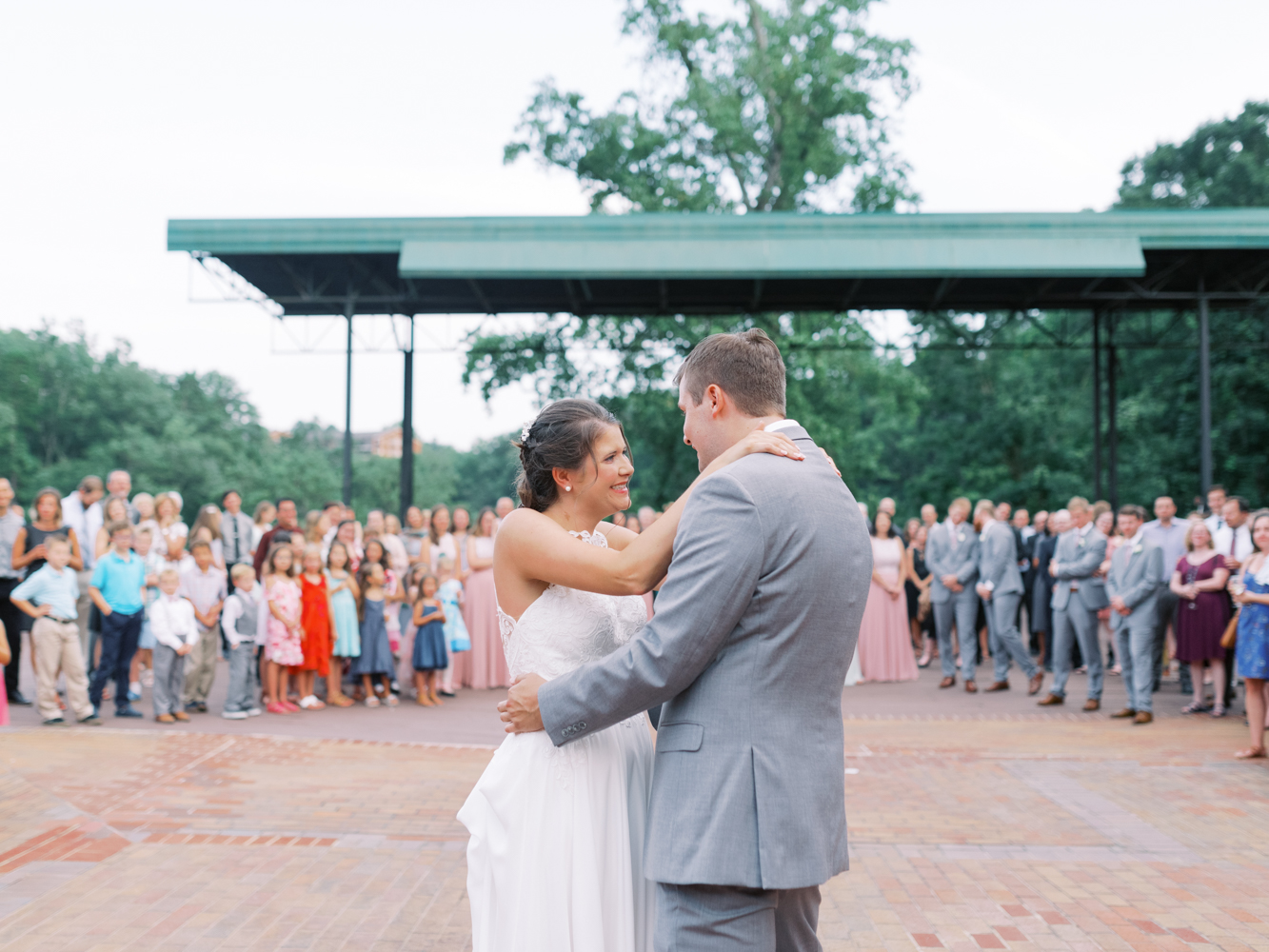 atlanta-film-wedding-photographer-roswell-ivy-hall-hannah-forsberg-85.jpg
