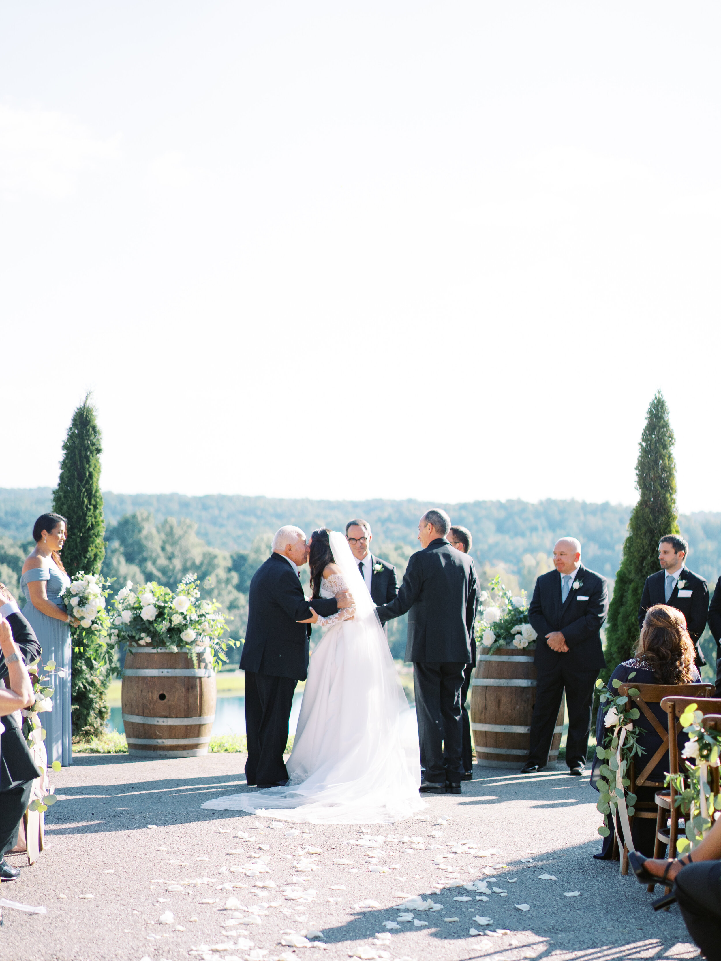 montaluce-winery-wedding-photography-dahlonega-hannah-forsberg-atlanta-film-wedding-photographer15.JPG
