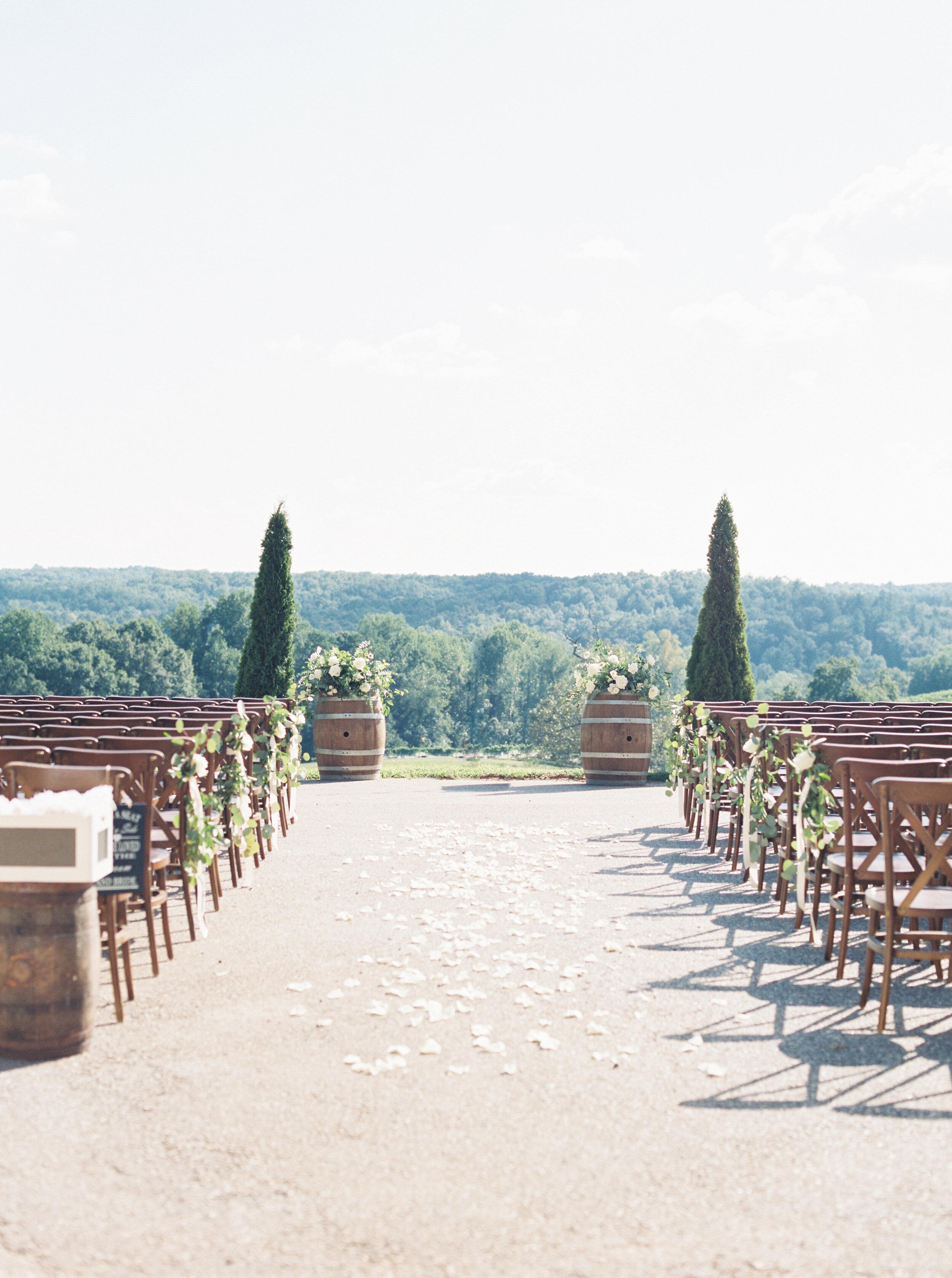 montaluce-winery-wedding-photography-dahlonega-hannah-forsberg-atlanta-film-wedding-photographer11.JPG