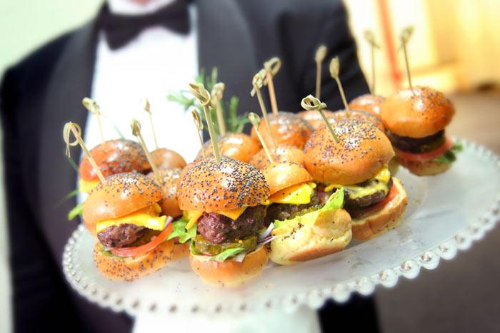 mini-burger-hors-d-oeuvres.jpg