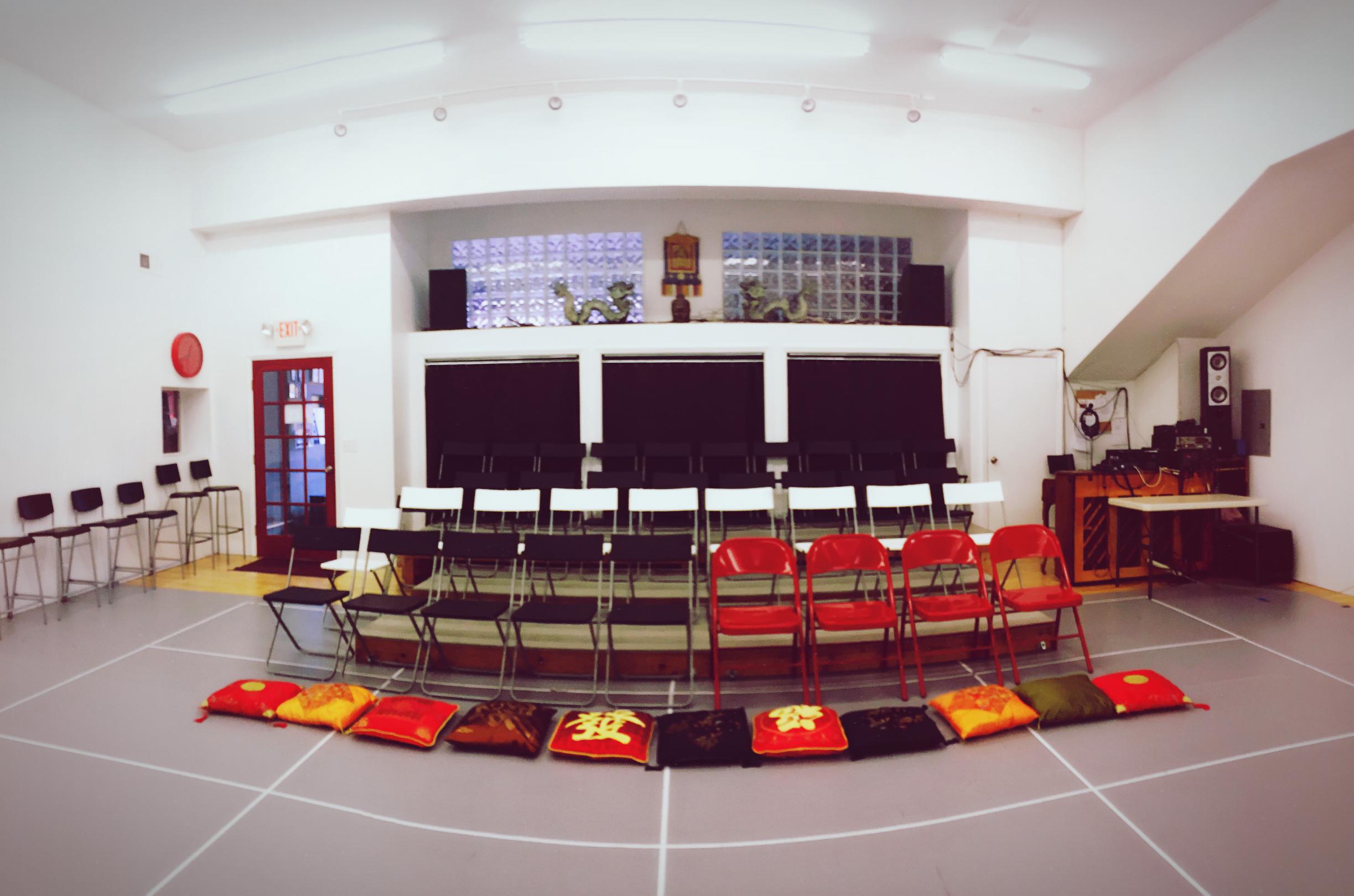 Optional blackbox seating arrangement