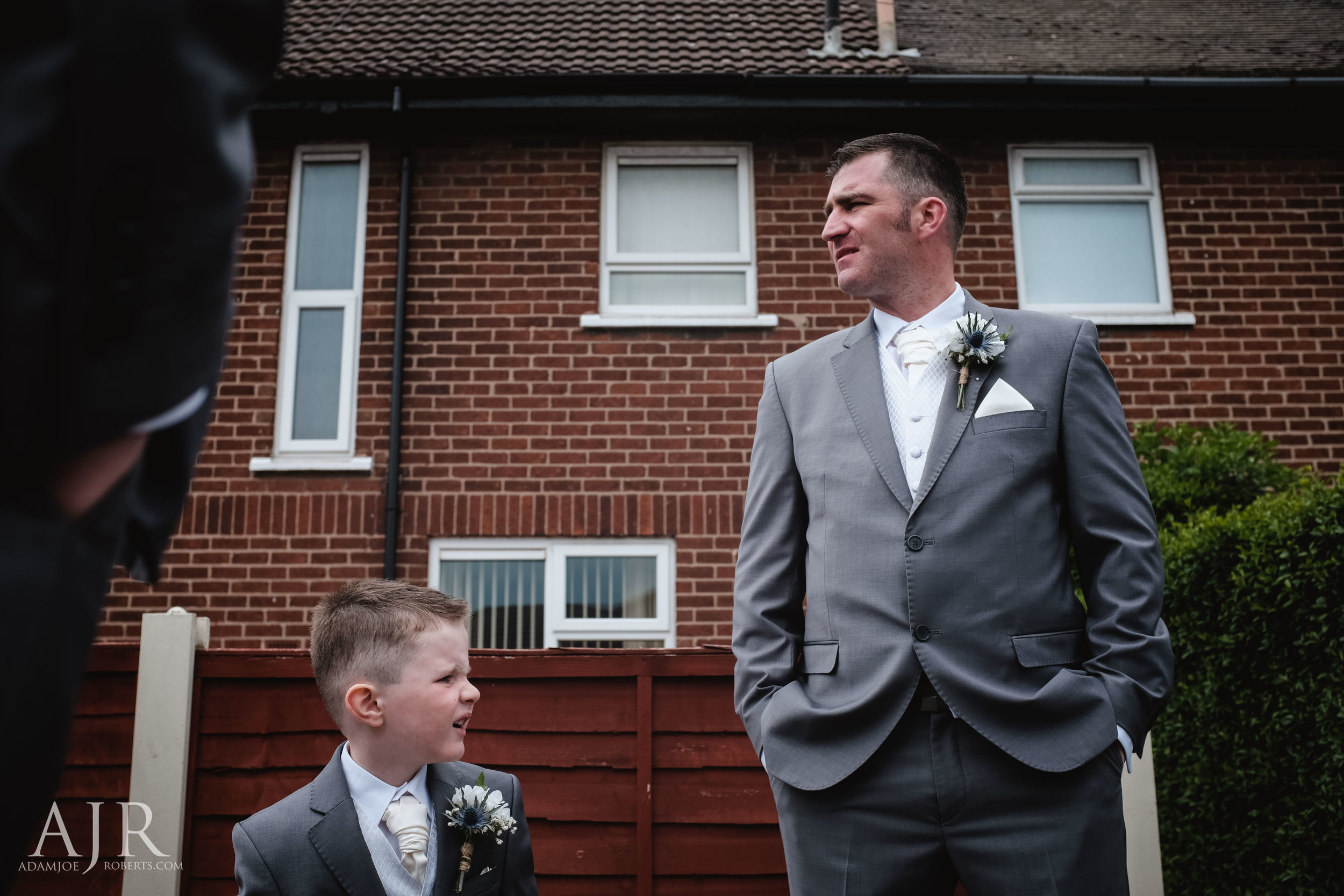 wedding photographer based in widnes cheshire wedding photography liverpool (2 of 9).jpg