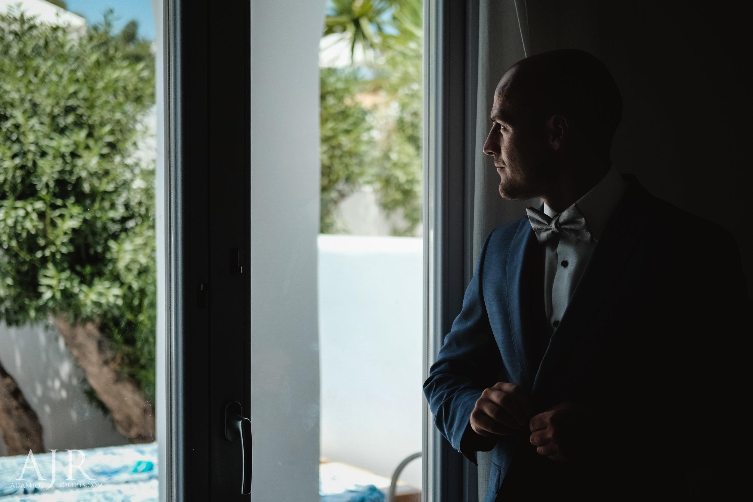 Mollie and Antony Le Ciel Santorini Destination Wedding - Sneak Peek (1 of 15).jpg